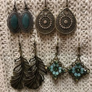 Maurice's/local boutique earrings lot of 4